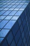 Πρόσοψη κρυστάλλου ενός ουρανοξύστη αφηρημένη ανασκόπηση Στοκ Εικόνα