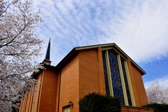 Πρόσοψη μιας βαπτιστικής εκκλησίας στοκ εικόνα