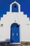 Πρόσοψη μιας μικρής εκκλησίας στο νησί Antiparos, Κυκλάδες Στοκ εικόνες με δικαίωμα ελεύθερης χρήσης