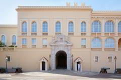 Πρόσοψη παλατιών του πρίγκηπα του Μονακό σε μια θερινή ημέρα, Μονακό -Μονακό-ville Στοκ εικόνες με δικαίωμα ελεύθερης χρήσης