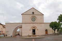 Πρόσοψη του καθεδρικού ναού του ST Claire σε Assisi Στοκ Εικόνα