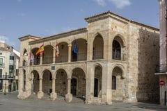 Πρόσοψη του παλαιού Δημαρχείου στο τετράγωνο δημάρχου Zamora, Ισπανία στοκ εικόνες