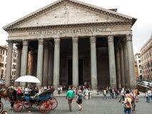 Πρόσοψη του Pantheon, ναός για όλους τους ρωμαϊκούς Θεούς Ρώμη Στοκ φωτογραφία με δικαίωμα ελεύθερης χρήσης