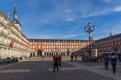 Πρόσοψη των κτηρίων στο δήμαρχο Plaza στη Μαδρίτη, Ισπανία Στοκ Φωτογραφία