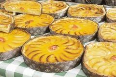 Πρόσφατα γίνοντη πίτα μήλων Στοκ Εικόνες