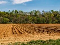 Πρόσφατα οργωμένος τομέας σε Westfield, βόρεια Καρολίνα στοκ εικόνες