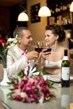Πρόσφατα παντρεμένο ζευγάρι Στοκ Εικόνες