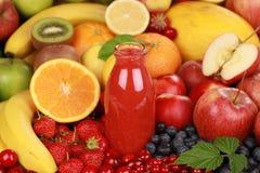 Πρόσφατα συμπιεσμένος χυμός στοκ εικόνες με δικαίωμα ελεύθερης χρήσης