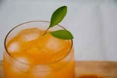 Πρόσφατα χυμός από πορτοκάλι Στοκ Φωτογραφία