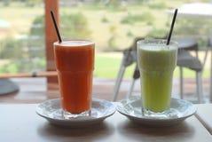 πρόσφατα χυμός που συμπιέζεται vegie Στοκ φωτογραφία με δικαίωμα ελεύθερης χρήσης