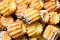 Πρόσφατα ψημένη βανίλια cupcakes Στοκ εικόνες με δικαίωμα ελεύθερης χρήσης