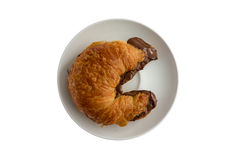 Πρόσφατα ψημένος λεπιοειδής βουτυρώδης croissant στοκ εικόνα