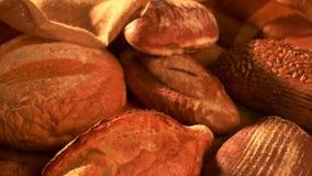 Πρόσφατα ψημένο υπόβαθρο ψωμιού απόθεμα βίντεο