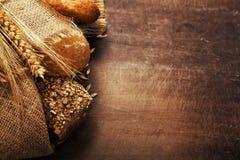 Πρόσφατα ψημένο ψωμί Στοκ Φωτογραφίες