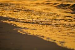 Πρόσφατος ήλιος ημέρας που απεικονίζεται στην παλίρροια στοκ φωτογραφία με δικαίωμα ελεύθερης χρήσης