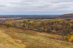 Πρόσφατο τοπίο πτώσης στην αγροτική περιοχή Στοκ Φωτογραφίες