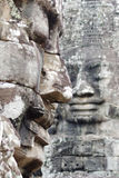 Πρόσωπο αγαλμάτων Thom Angkor Στοκ Φωτογραφίες