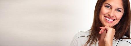 πρόσωπο ανασκόπησης πέρα από τις χαμογελώντας νεολαίες λευκών γυναικών στοκ φωτογραφίες με δικαίωμα ελεύθερης χρήσης