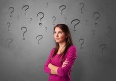 Πρόσωπο με την έννοια ερώτησης στοκ φωτογραφία με δικαίωμα ελεύθερης χρήσης