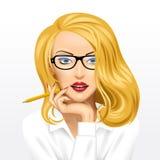 Πρόσωπο μιας αρκετά ξανθής επιχειρησιακής γυναίκας στα γυαλιά με ένα μολύβι διανυσματική απεικόνιση
