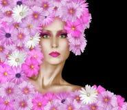 Πρόσωπο μόδας με τα ρόδινα λουλούδια στοκ εικόνα