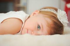 Πρόσωπο του χαριτωμένου κοριτσιού Στοκ φωτογραφίες με δικαίωμα ελεύθερης χρήσης