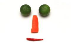 Πρόσωπο χαμόγελου με το λαχανικό στο άσπρο υπόβαθρο Στοκ Φωτογραφίες