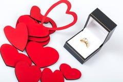 Πρόταση με το δαχτυλίδι διαμαντιών Στοκ Φωτογραφίες