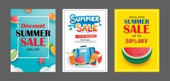 Πρότυπα εμβλημάτων θερινής πώλησης Τέχνη εγγράφου και ύφος τεχνών διάνυσμα απεικόνιση αποθεμάτων