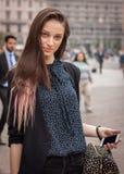 Πρότυπες εξωτερικές επιδείξεις μόδας του Marco de Vincenzo που χτίζουν για την εβδομάδα 2014 μόδας των γυναικών του Μιλάνου Στοκ Φωτογραφίες