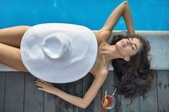 Πρότυπη κοντινή πισίνα υπαίθρια Στοκ εικόνα με δικαίωμα ελεύθερης χρήσης