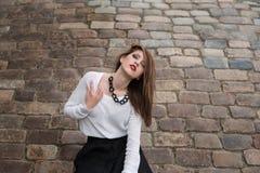 Πρότυπη τοποθέτηση μόδας ομορφιάς στην πόλη Στοκ εικόνες με δικαίωμα ελεύθερης χρήσης