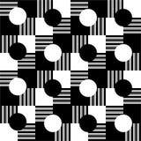 πρότυπο άνευ ραφής Ριγωτά, μαύρα, άσπρα τετράγωνα και γραπτοί κύκλοι Στοκ φωτογραφία με δικαίωμα ελεύθερης χρήσης