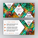 Πρότυπο αποδείξεων δώρων με το σχέδιο τριγώνων και θέση για το λογότυπό σας κειμένων και επιχείρησης Στοκ εικόνες με δικαίωμα ελεύθερης χρήσης