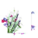 Πρότυπο για το σχέδιο πρόσκλησης με τον παφλασμό watercolor και το φρέσκο περίγραμμα λουλουδιών και μελανιού Στοκ Εικόνες
