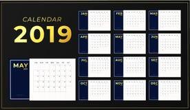 πρότυπο επιτραπέζιων ημερολογίων έτους του 2019 Οριζόντιος αρμόδιος για το σχεδιασμό ημέρας με τις χρυσές επιγραφές Έναρξη εβδομά διανυσματική απεικόνιση