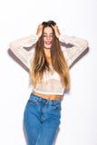 Πρότυπο κορίτσι μόδας που απομονώνεται πέρα από το άσπρο υπόβαθρο Στοκ φωτογραφία με δικαίωμα ελεύθερης χρήσης