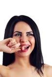 Πρότυπο κορίτσι μόδας ύφους μόδας ομορφιάς με τους μακριούς μεθύστακες, μαύρο μΑ Στοκ Φωτογραφίες