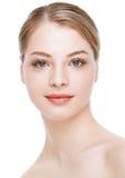 Πρότυπο μόδας ομορφιάς με τη φυσική φροντίδα δέρματος makeup στοκ εικόνες