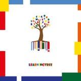 Πρότυπο λογότυπων δέντρων εκμάθησης Επιστολές, βιβλία Στοκ Εικόνες