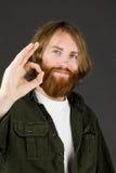Πρότυπο που απομονώνεται στη σαφή χειρονομία χεριών υποβάθρου εντάξει Στοκ εικόνα με δικαίωμα ελεύθερης χρήσης