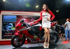 Πρότυπο που τίθεται με τη Honda CBR Fireblade που παράγεται από τη Honda Motor Company, ΕΠΕ during στοκ φωτογραφίες
