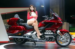 Πρότυπο που τίθεται το χρυσό φτερό GL1800 της Honda που παράγεται με από τη Honda Motor Company, ΕΠΕ during στοκ εικόνες