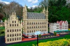 Πρότυπο LEGO της πόλης Leuvin του Βελγίου που επιδεικνύεται στο πάρκο Legoland Windsor Στοκ Φωτογραφίες
