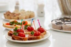 Πρόχειρα φαγητά για τις ανανεώσεις Στοκ Εικόνα