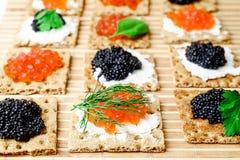 Πρόχειρα φαγητά με το χαβιάρι στοκ εικόνα με δικαίωμα ελεύθερης χρήσης