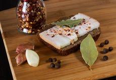Πρόχειρο φαγητό, λίπος, ψωμί, σκόρδο Στοκ φωτογραφίες με δικαίωμα ελεύθερης χρήσης