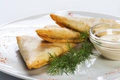 Πρόχειρο φαγητό μπύρας - ζύμη με το τυρί Στοκ φωτογραφία με δικαίωμα ελεύθερης χρήσης