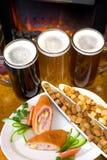 πρόχειρο φαγητό μπύρας Στοκ Εικόνες