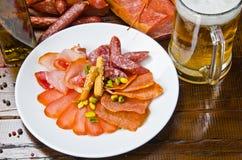 πρόχειρο φαγητό μπύρας Στοκ φωτογραφίες με δικαίωμα ελεύθερης χρήσης